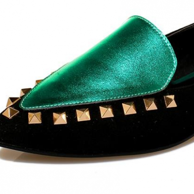 Pointed Toe Rivets Loafers